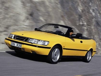 1988 Saab 900 SE convertible 8