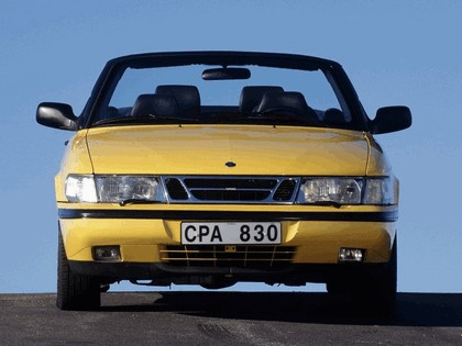 1988 Saab 900 SE convertible 10