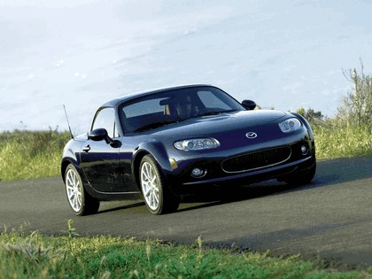 2006 Mazda MX-5 Miata power retractable hard top 1