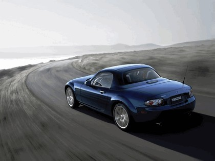2006 Mazda MX-5 Miata power retractable hard top 3