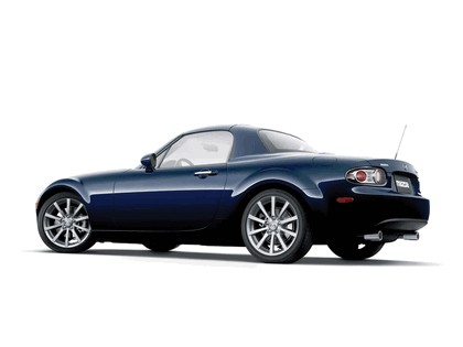 2006 Mazda MX-5 Miata power retractable hard top 10