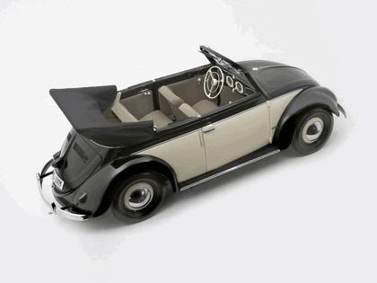 1949 Volkswagen Beetle cabriolet by Karmann 4