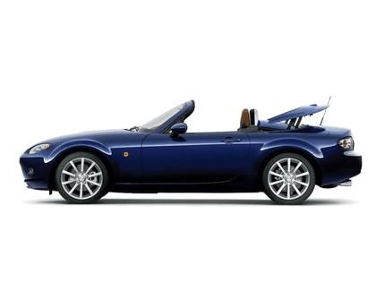 2006 Mazda MX-5 roadster coupé 18