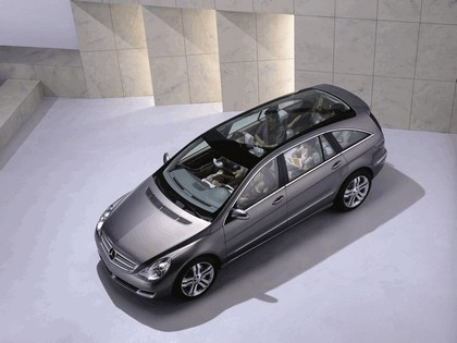 2004 Mercedes-Benz Grand Sports Tourer Vision R concept 4
