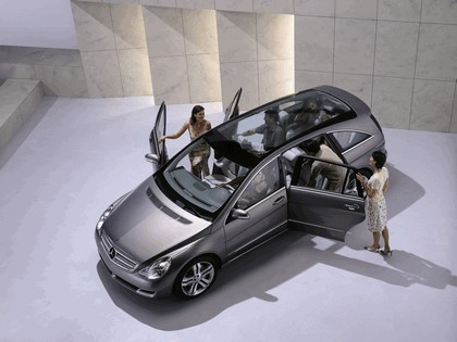 2004 Mercedes-Benz Grand Sports Tourer Vision R concept 5