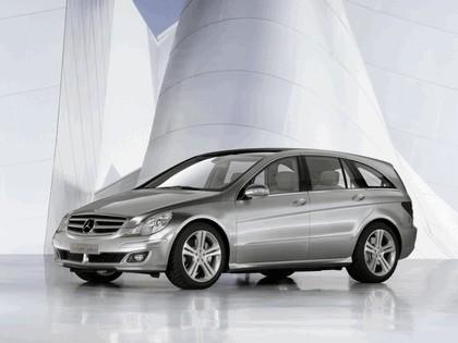 2004 Mercedes-Benz Grand Sports Tourer Vision R concept 10