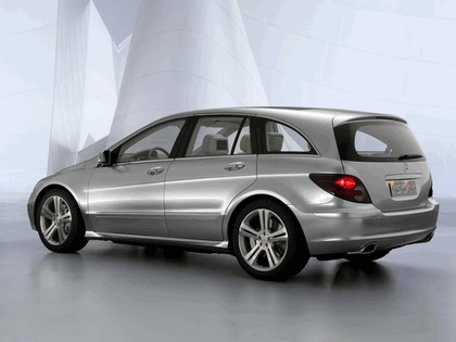 2004 Mercedes-Benz Grand Sports Tourer Vision R concept 12