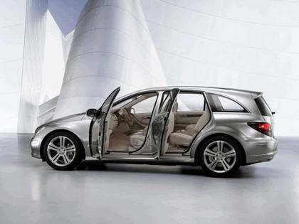2004 Mercedes-Benz Grand Sports Tourer Vision R concept 13