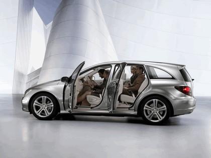 2004 Mercedes-Benz Grand Sports Tourer Vision R concept 14