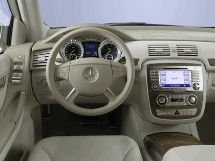 2004 Mercedes-Benz Grand Sports Tourer Vision R concept 27