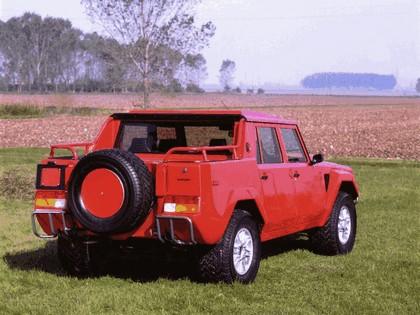 1986 Lamborghini LM002 2