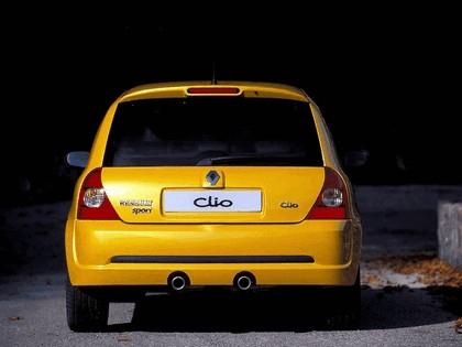 2002 Renault Clio RS 6