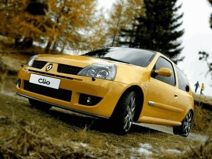 2002 Renault Clio RS 10