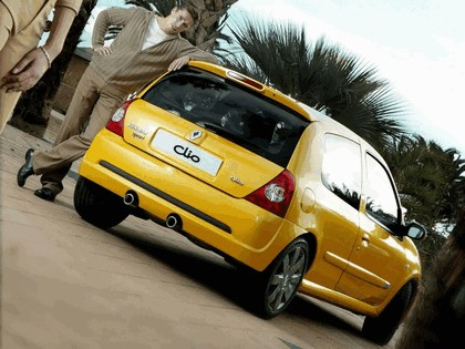 2002 Renault Clio RS 14