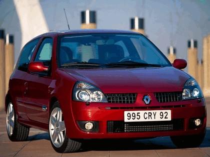 2002 Renault Clio Sport 7