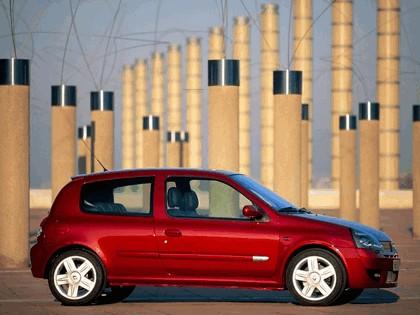 2002 Renault Clio Sport 9
