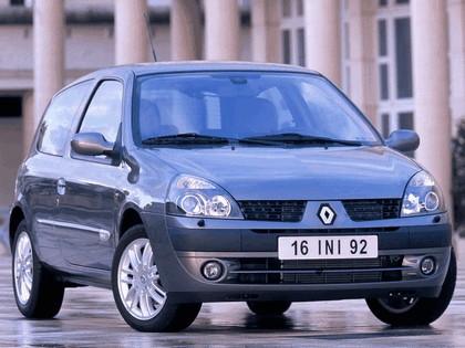 2001 Renault Clio 3-door 4