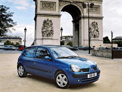 2001 Renault Clio 3-door 7