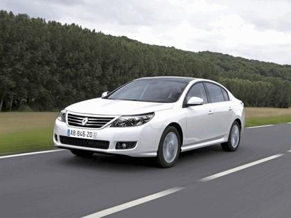 2010 Renault Safrane 1
