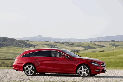 2012 Mercedes-Benz CLS 500 4Matic Shooting Brake with AMG Sports Package 2