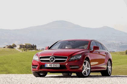 2012 Mercedes-Benz CLS 500 4Matic Shooting Brake with AMG Sports Package 3
