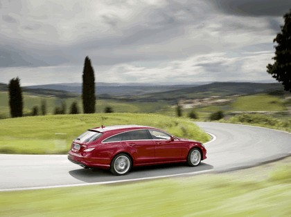2012 Mercedes-Benz CLS 500 4Matic Shooting Brake with AMG Sports Package 11