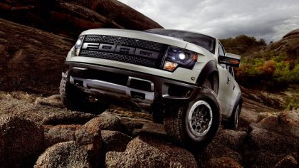 2013 Ford F-150 SVT Raptor 4
