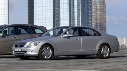 2006 Mercedes-Benz S600 Long Wheelbase with Panoramic Sunroof 1