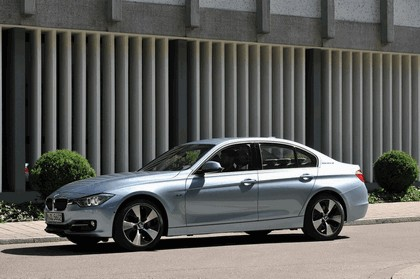 2012 BMW ActiveHybrid 3 8
