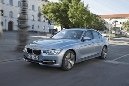 2012 BMW ActiveHybrid 3 15