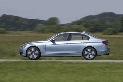 2012 BMW ActiveHybrid 3 28