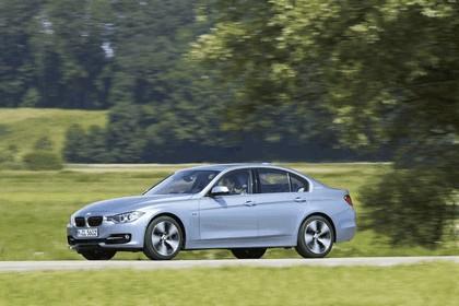 2012 BMW ActiveHybrid 3 29