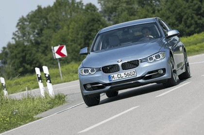 2012 BMW ActiveHybrid 3 30