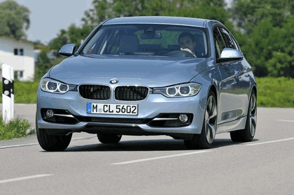 2012 BMW ActiveHybrid 3 33