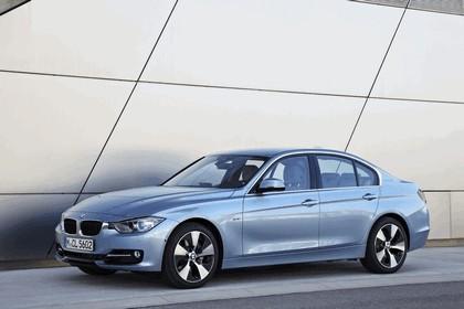 2012 BMW ActiveHybrid 3 44
