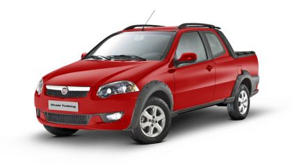 2012 Fiat Strada Trekking CD 8