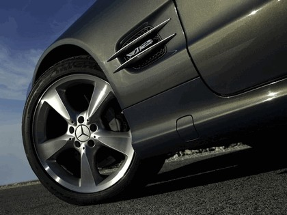 2006 Mercedes-Benz SL600 17