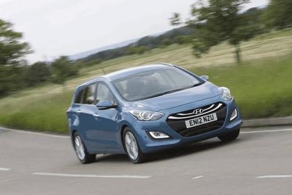 2012 Hyundai i30 wagon - UK version 3