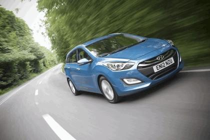 2012 Hyundai i30 wagon - UK version 10