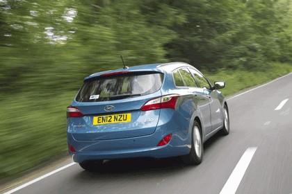 2012 Hyundai i30 wagon - UK version 17