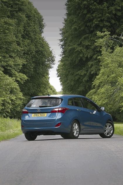 2012 Hyundai i30 wagon - UK version 24
