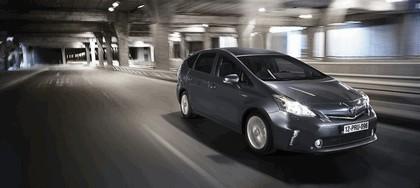 2012 Toyota Prius+ 8