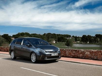 2012 Toyota Prius+ 13