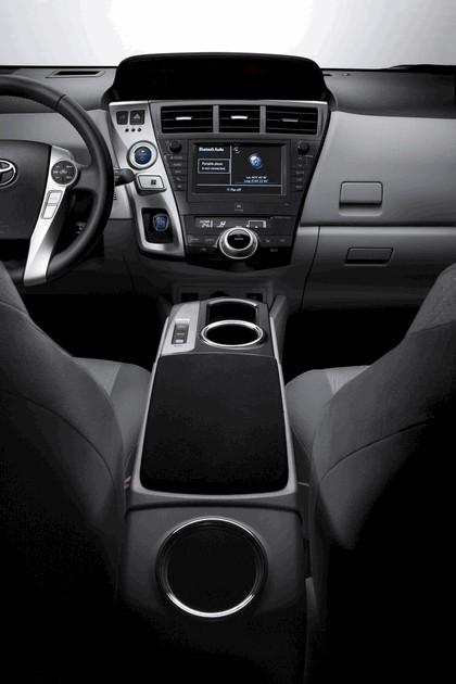 2012 Toyota Prius+ 28