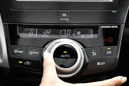 2012 Toyota Prius+ 34