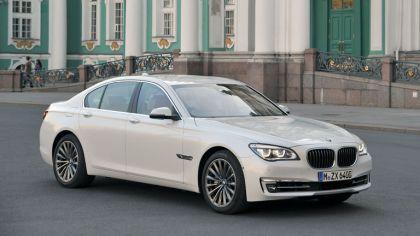2013 BMW 750i ( F01 ) 4