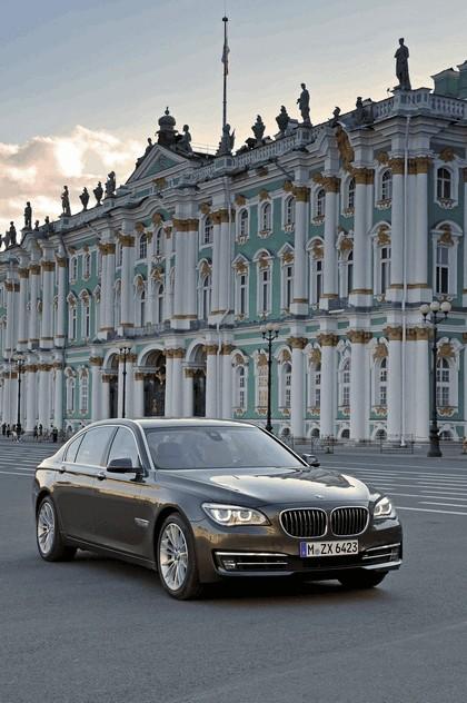 2013 BMW 750Li ( F01 ) 2