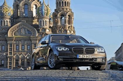 2013 BMW 750Li ( F01 ) 8