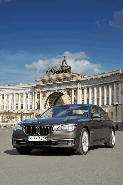 2013 BMW 750Li ( F01 ) 10