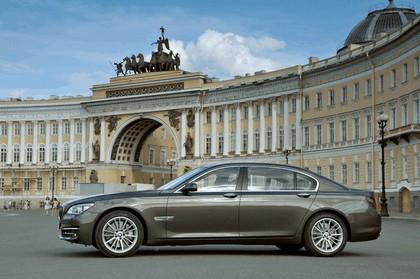 2013 BMW 750Li ( F01 ) 11